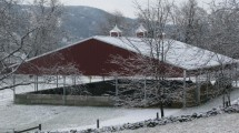 vernon valley farm – open sided barn in snow